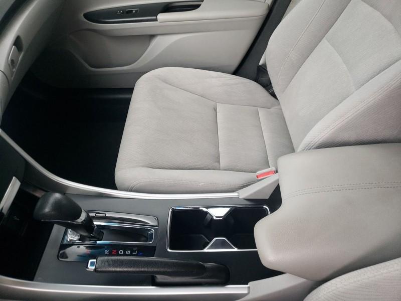 Honda Accord Sdn 2013 price $14,600