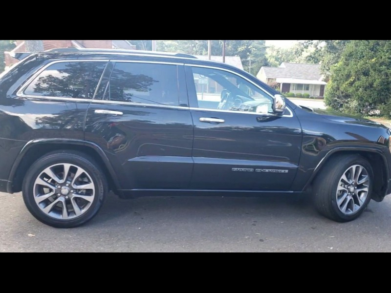 Jeep Grand Cherokee 2017 price $31,800