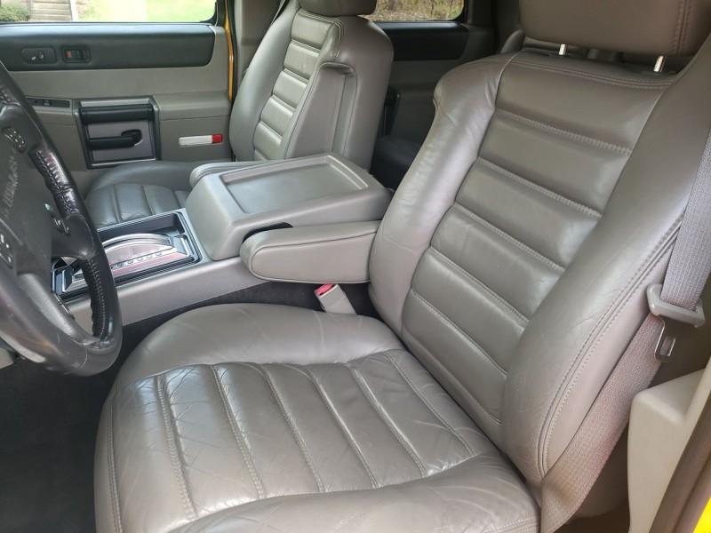 Hummer H2 2003 price $16,900