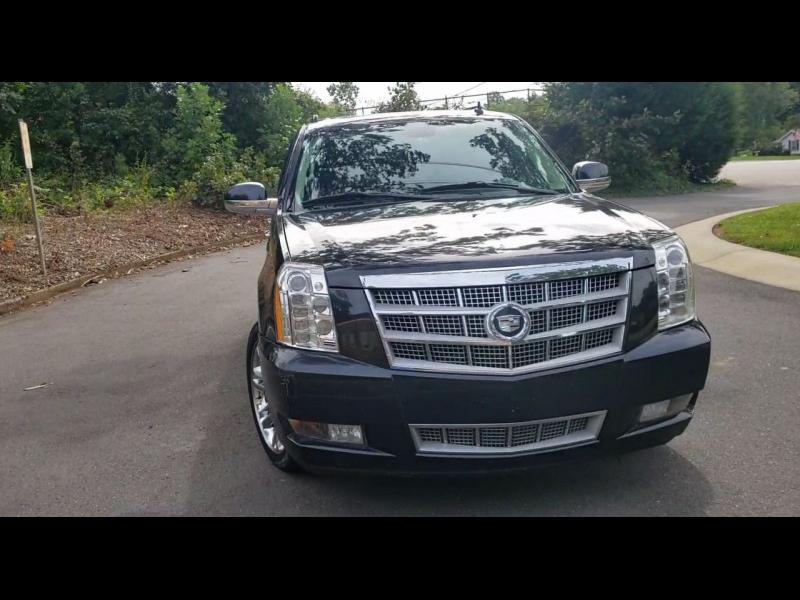 Cadillac Escalade ESV 2011 price $15,900