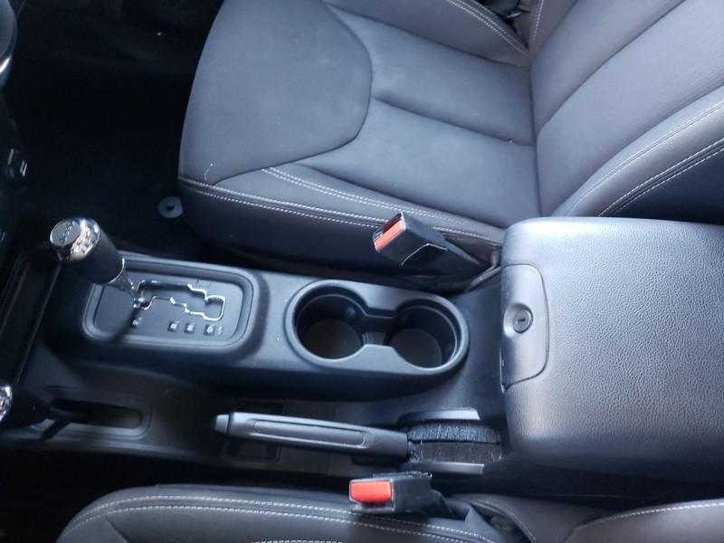 Jeep Wrangler Unlimited 2015 price $28,500