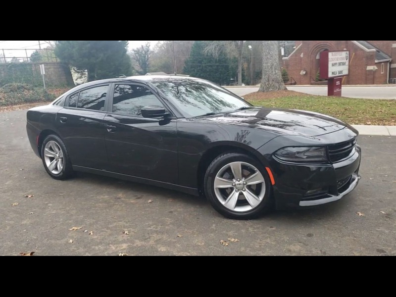 Dodge Charger 2016 price $18,900