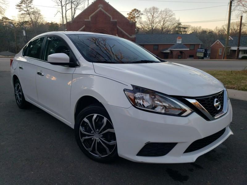 Nissan Sentra 2016 price $8,800