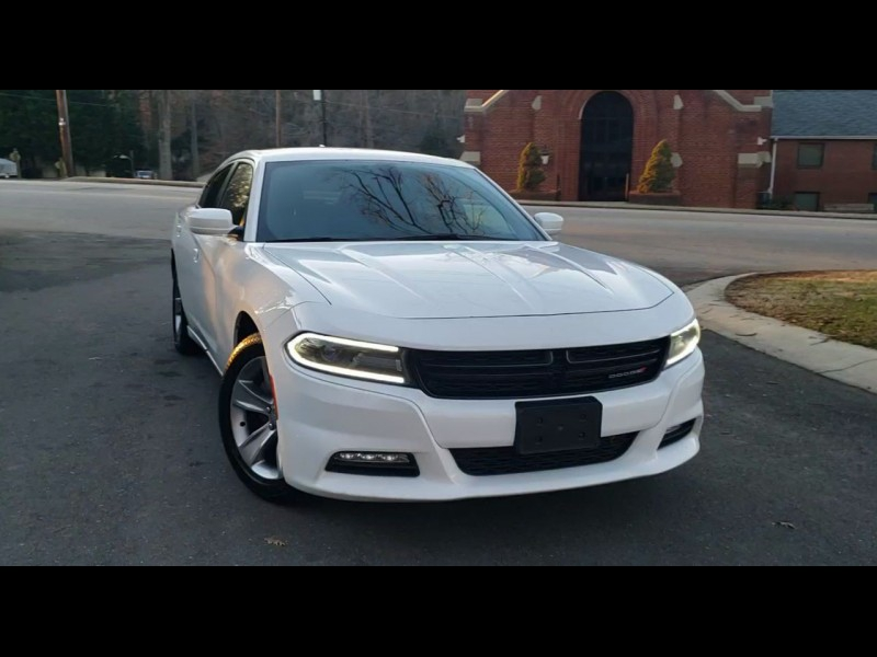 Dodge Charger 2016 price $15,600