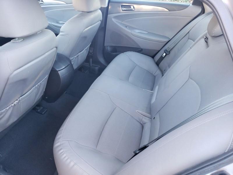 Hyundai Sonata Hybrid 2014 price $10,900