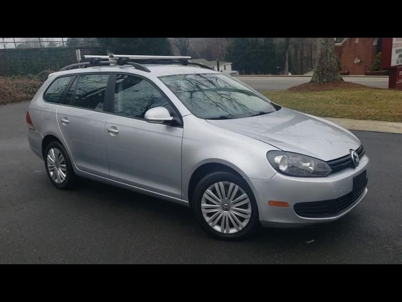 Volkswagen Jetta SportWagen 2013 price $8,400
