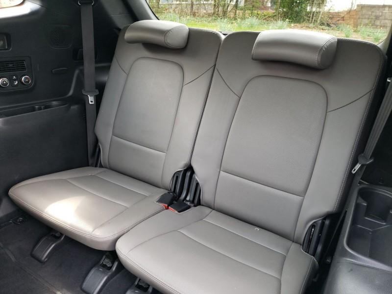 Hyundai Santa Fe 2017 price $22,600
