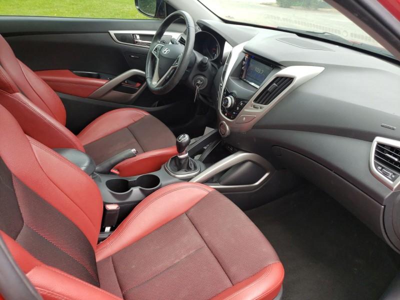 Hyundai Veloster 2013 price $9,900