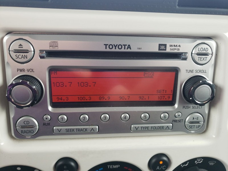 Toyota FJ Cruiser 2013 price $32,900