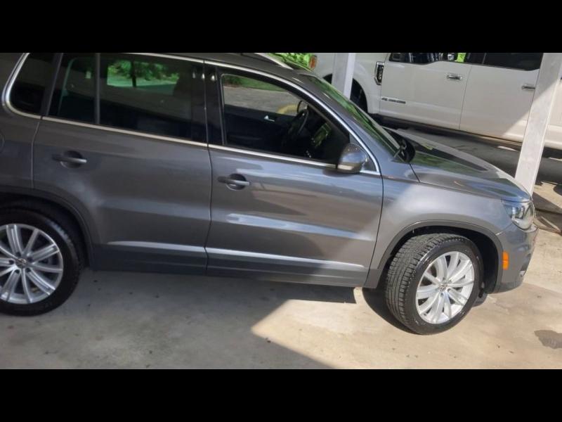 Volkswagen Tiguan 2013 price $13,900