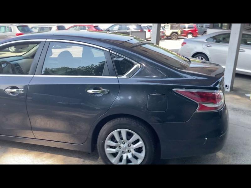 Nissan Altima 2014 price $10,500