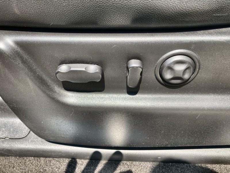 Chevrolet Avalanche 2012 price $21,900