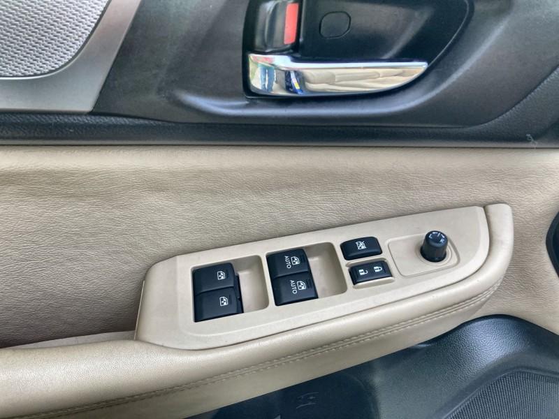 Subaru Legacy 2017 price $15,800