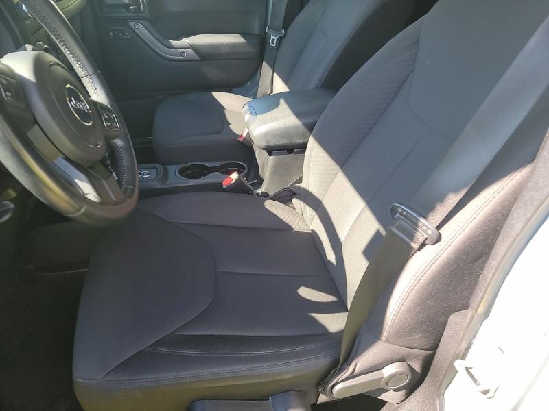 Jeep Wrangler Unlimited 2014 price $24,900
