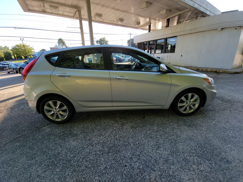 Hyundai Accent 2014 price $8,900