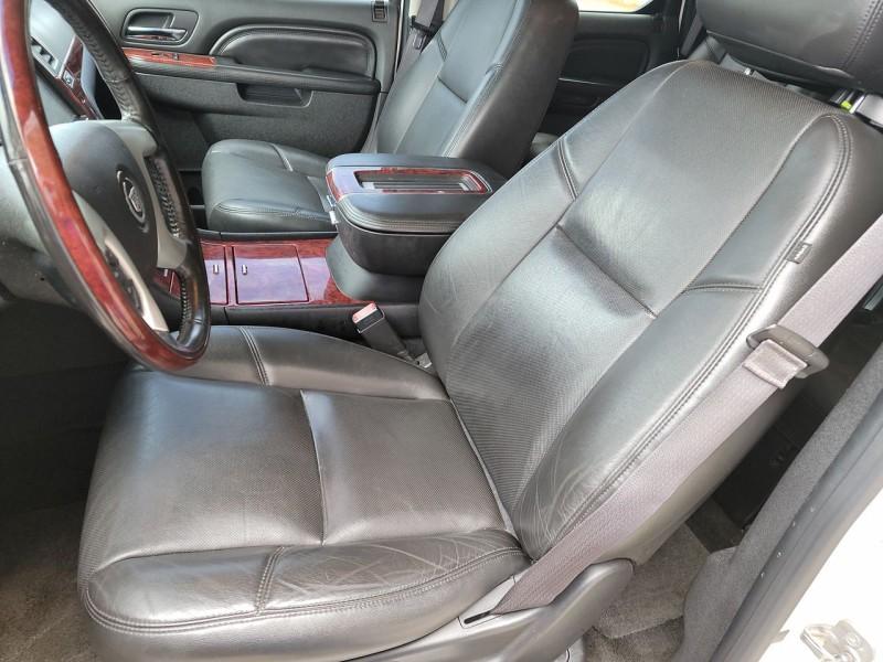 Cadillac Escalade 2013 price $25,800