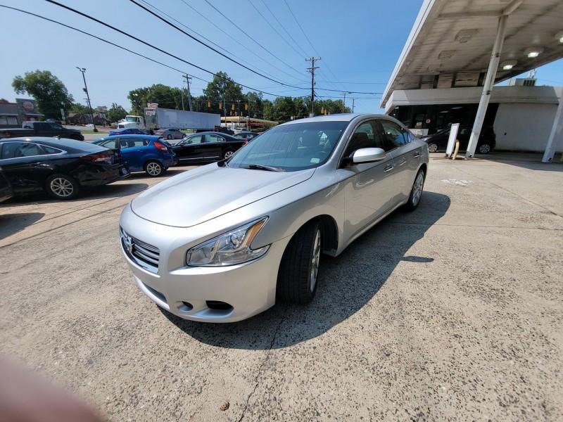 Nissan Maxima 2014 price $14,600