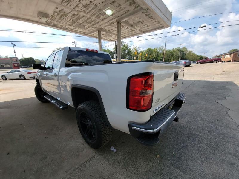 GMC Sierra 1500 2015 price $24,600