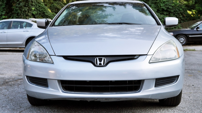 Honda Accord Cpe 2004 price $3,900