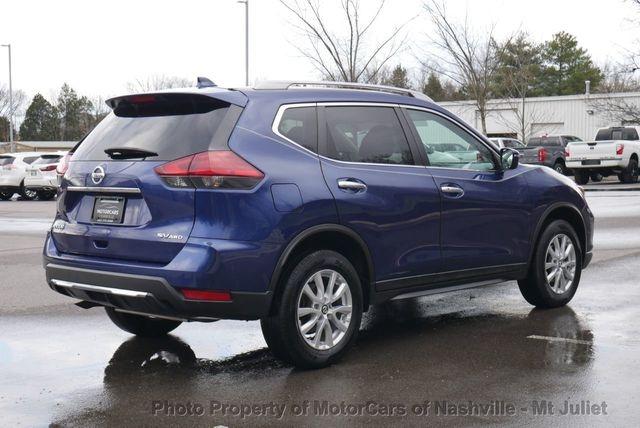 Nissan Rogue 2017 price $16,599