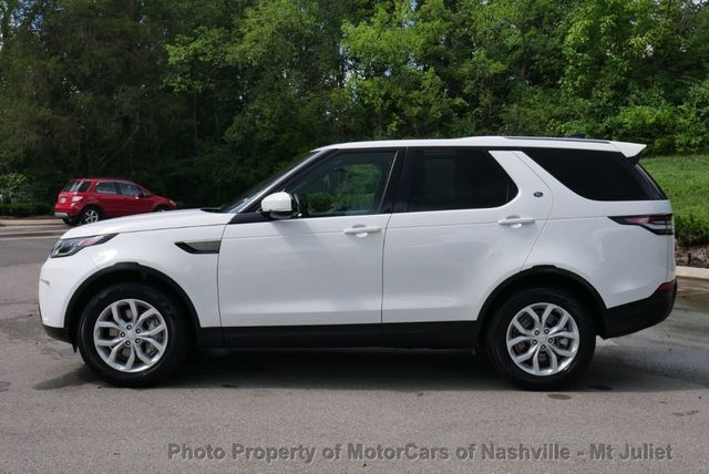 Land Rover Discovery 2019 price $37,499