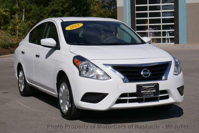 Nissan Versa Sedan 2019 price $10,998