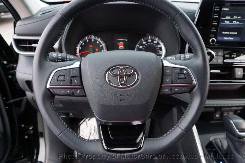 Toyota Highlander 2020 price $33,998