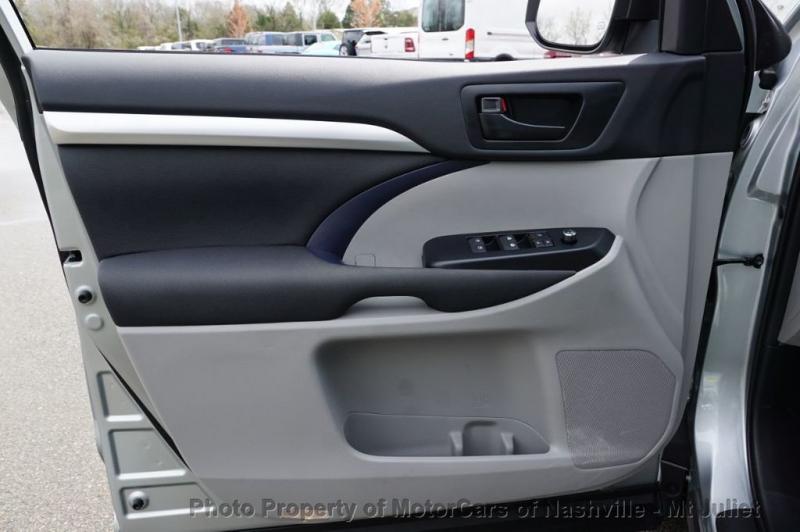 Toyota Highlander 2019 price $28,998