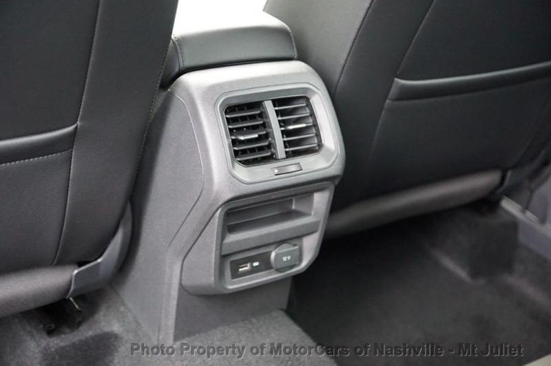 Volkswagen Tiguan 2019 price $26,499