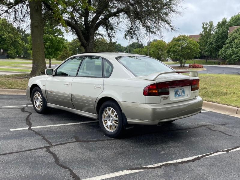 Subaru Legacy Sedan 2002 price $3,495
