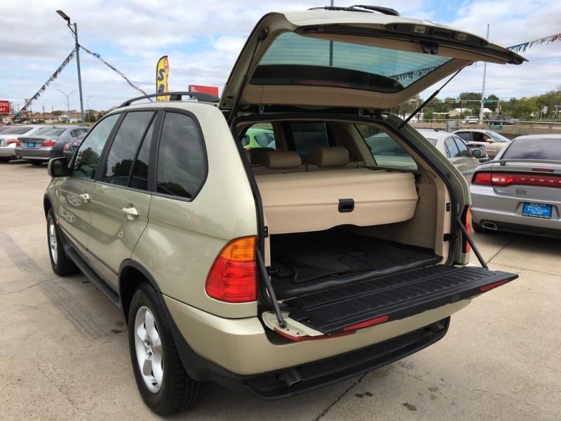 BMW X5 2003 price $6,250