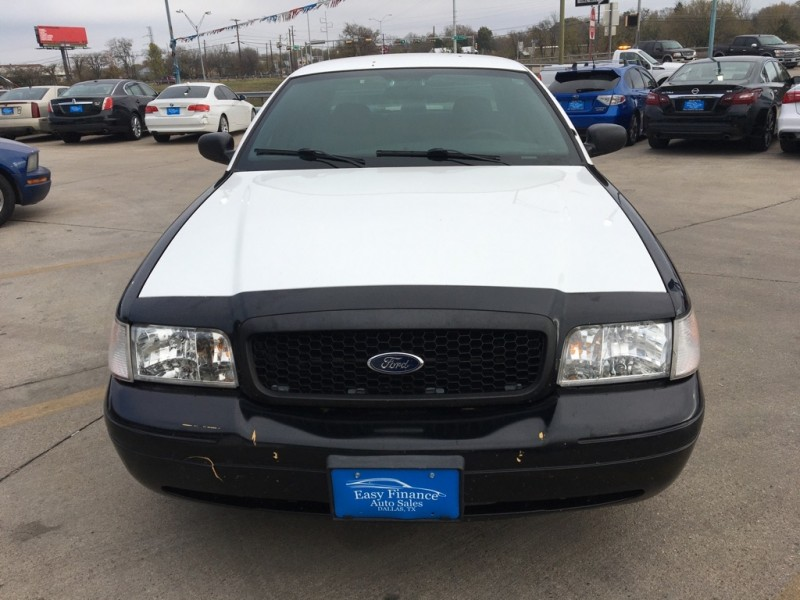 FORD CROWN VICTORIA 2009 price $4,995