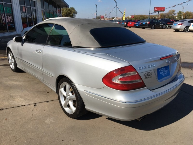 MERCEDES-BENZ CLK 320 2005 price Call for Pricing.