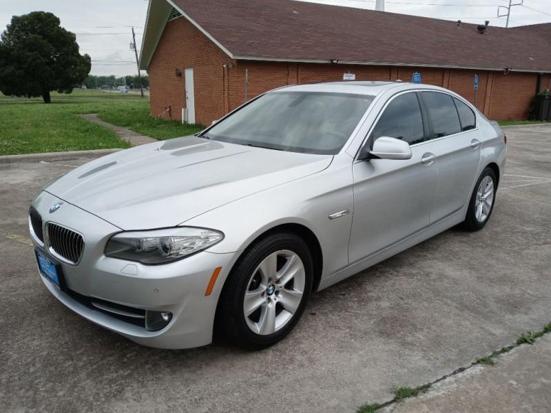 BMW 528 2011 price $14,500