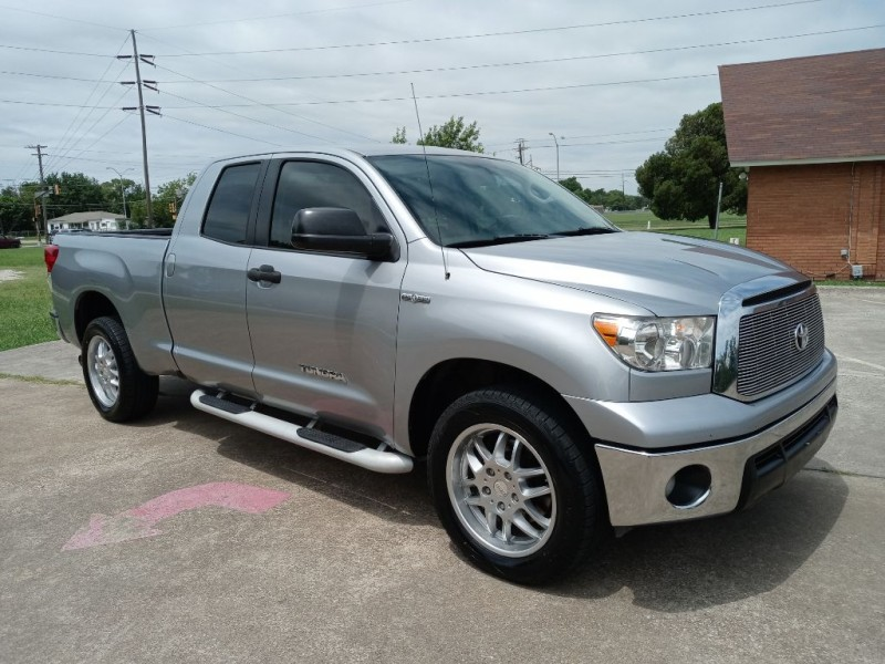 TOYOTA TUNDRA 2011 price $11,500