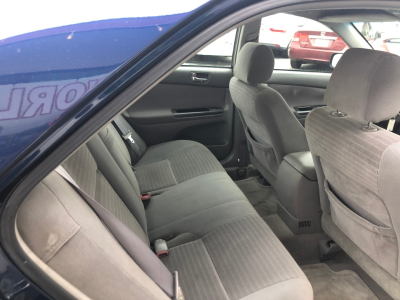 Toyota Camry 2005 price $2,500