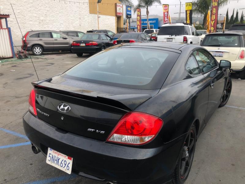 Hyundai Tiburon 2005 price $3,995