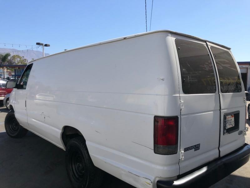 Ford Econoline Cargo Van 1998 price $3,995