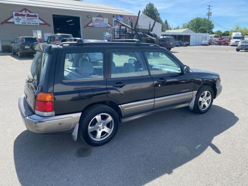 Subaru Forester 2000 price $5,300