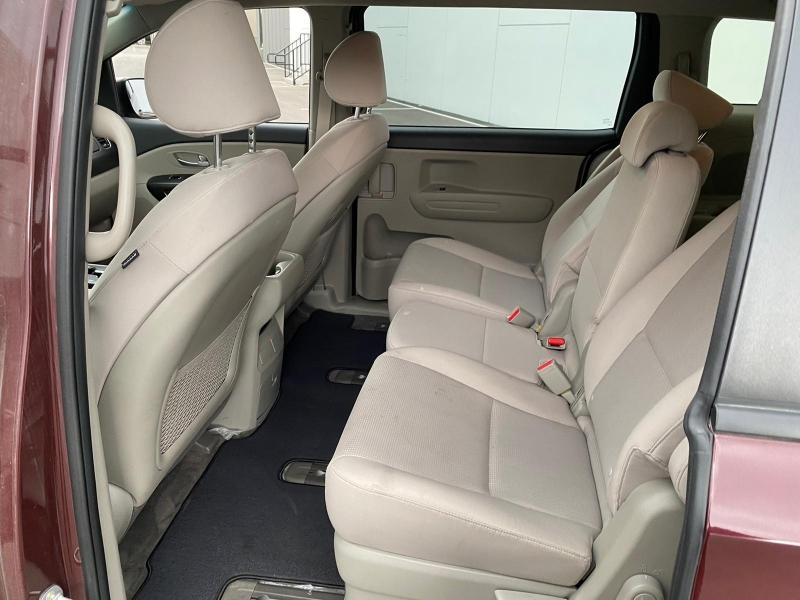 Kia Sedona 2019 price $16,995