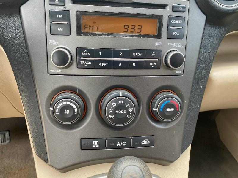 Kia Rondo 2008 price $3,500