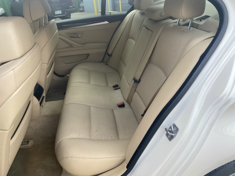 BMW 5-Series 2011 price $11,800