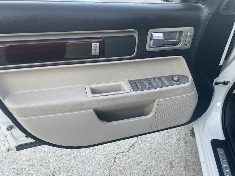Lincoln MKZ 2009 price $5,495
