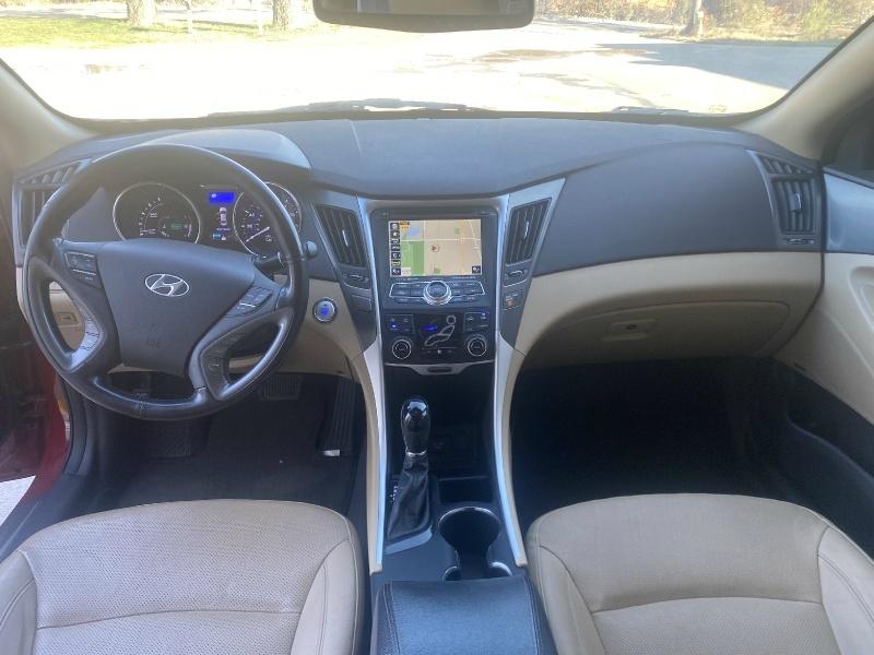 Hyundai Sonata Hybrid 2013 price $7,495