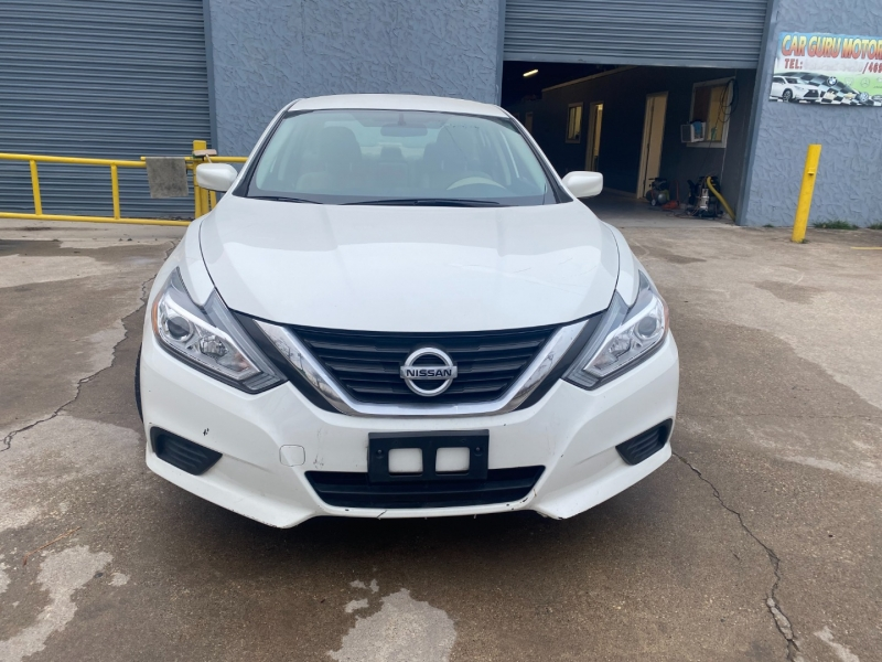 Nissan Altima 2016 price $8,200