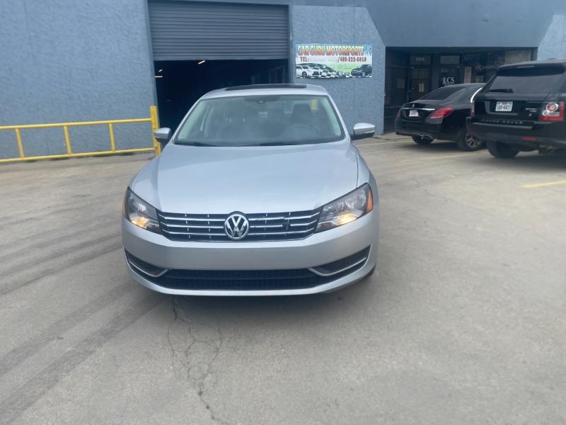 Volkswagen Passat 2014 price $10,999