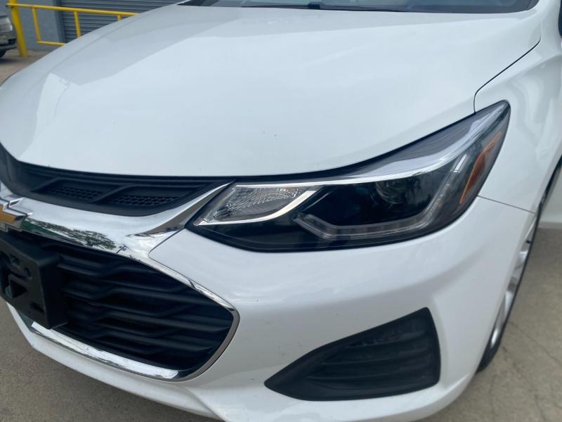 Chevrolet Cruze 2019 price $11,900