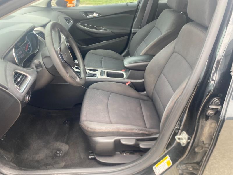 Chevrolet Cruze 2016 price $9,200