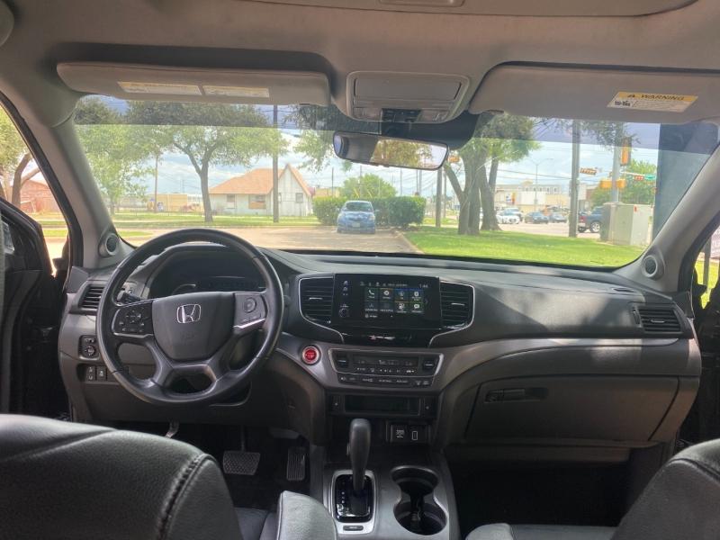 Honda Pilot 2019 price $28,500