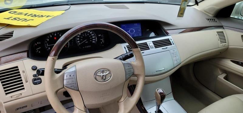 Toyota Avalon 2008 price $3,999